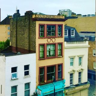 I often don't notice things when I rush by, and I've been forced to notice this one since it's right outside my hotel room.   🏚 🌼 🏚  #themadwomanintheattic #girlswhotravelsolo #myjorney #weekendaway #londonphotos #waterloo #storefront #signage